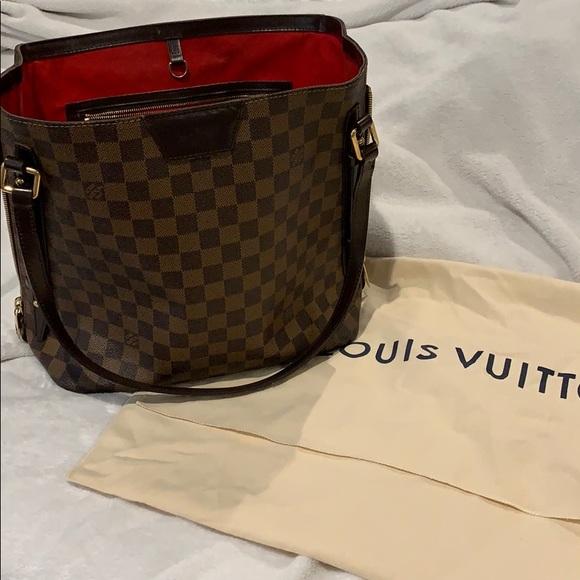010697a3680562 Louis Vuitton Handbags - Authentic Louis Vuitton Cabas Rivington Tote